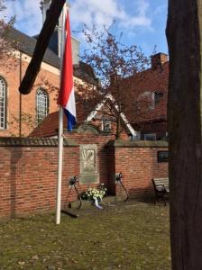 Bevrijdingsdag in Ootmarsum: oorlogsmonument Bergplein